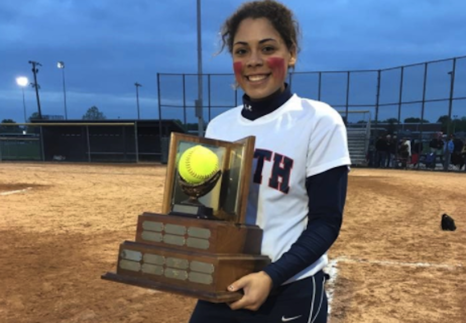 After knee surgery, athlete returns to softball